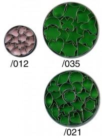 Set d'emporte-pièces variés en fer blanc
